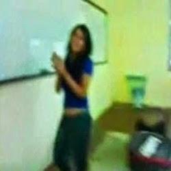 Sexo na Sala de Aula da Universidade - http://www.videosamadoresbrasileiros.com