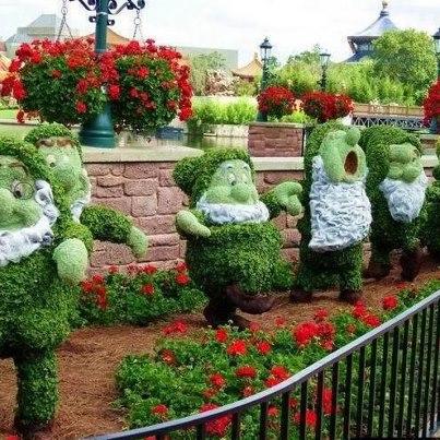 Mi mundo espa ol por rita condor enanitos adorno jard n - Mi jardin con enanitos ...