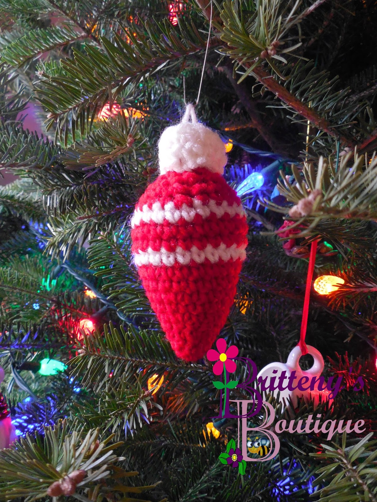 Britteny Off the HOOK!!: Holiday Bauble Bulb Orgnament Crochet ...