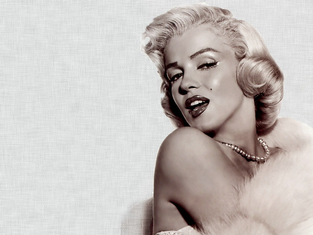 Marilyn Monroe Wallpapers