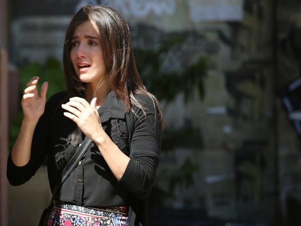 """""""Império"""": Cora encontra José Alfredo na casa de Maria Ísis e lhe tasca um beijo"""