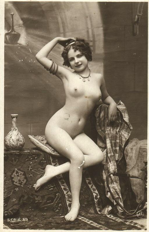 Vintage erotic dance pic