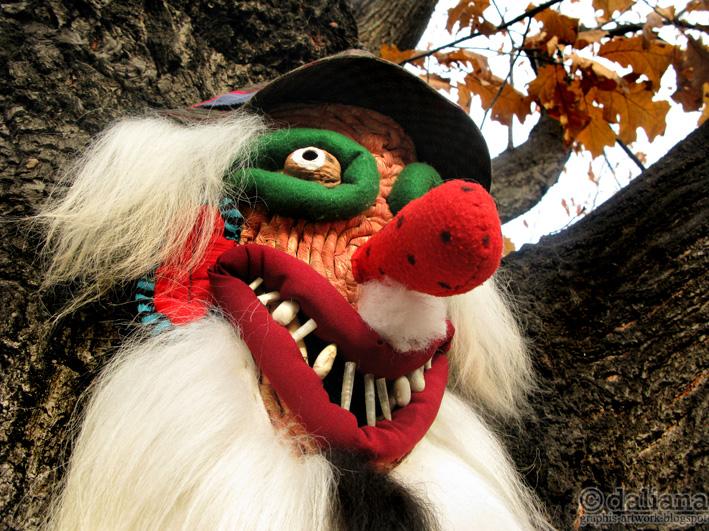 http://2.bp.blogspot.com/-CDm15NxhX3g/Tub9d-JJlaI/AAAAAAAAGtE/Fs1yWN97yts/s1600/Sarbatorile-de-iarna--revitalizeaza-obiceiurile-si-datinile-din-satul-de-alta-data..jpg