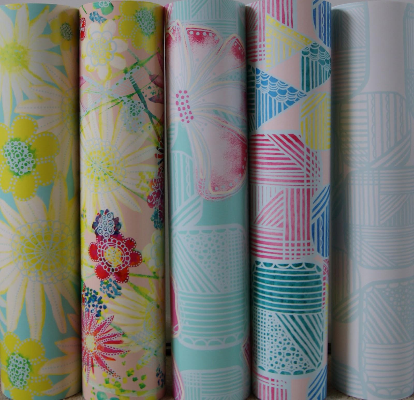 http://2.bp.blogspot.com/-CDnlngKqCsU/UCFpx1yEvsI/AAAAAAAAAd4/791S3ikhyR8/s1600/wallpaper+samples.jpg