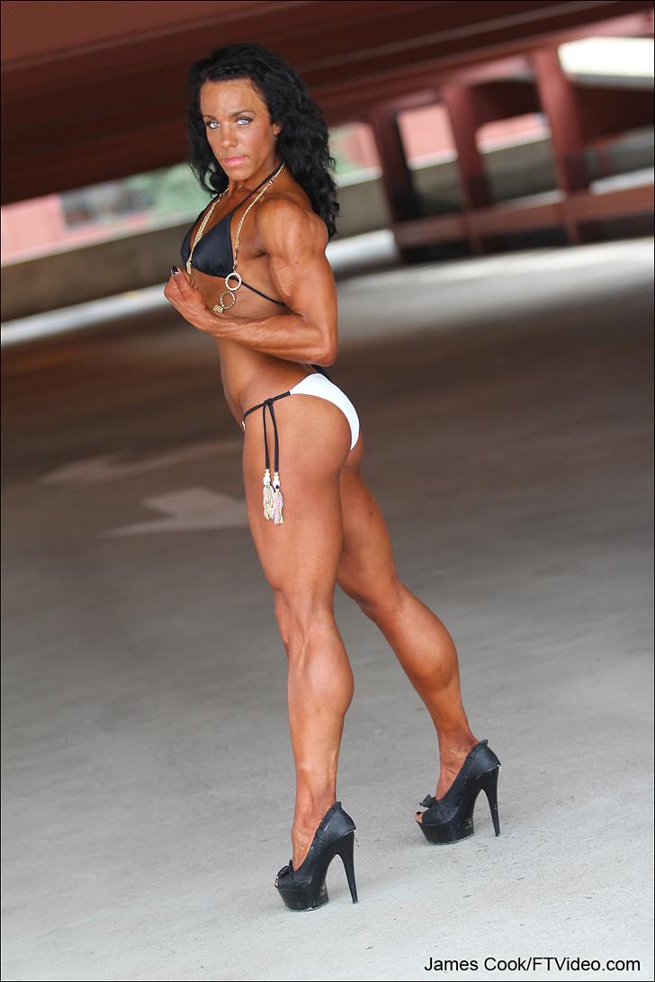 Rauchelle Schultz Modeling Her Muscular Calves In Heels