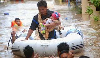 Pengungsi Banjir Manado (foto JPNN)
