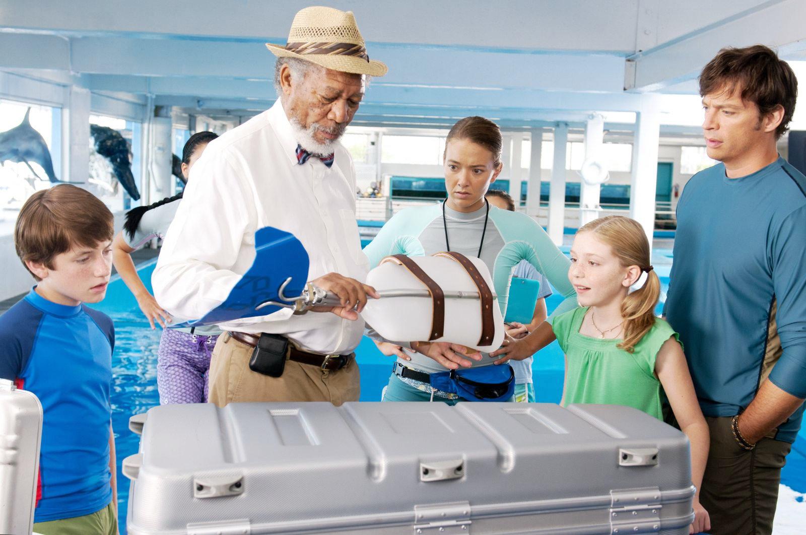 http://2.bp.blogspot.com/-CE5W8jb3UoU/Tk5KfiXvFJI/AAAAAAAABdc/jFV-gPT62vg/s1600/dolphin-tale-movie-2011-9.jpg