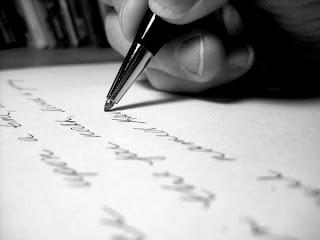 Menulis tanpa kita sadari
