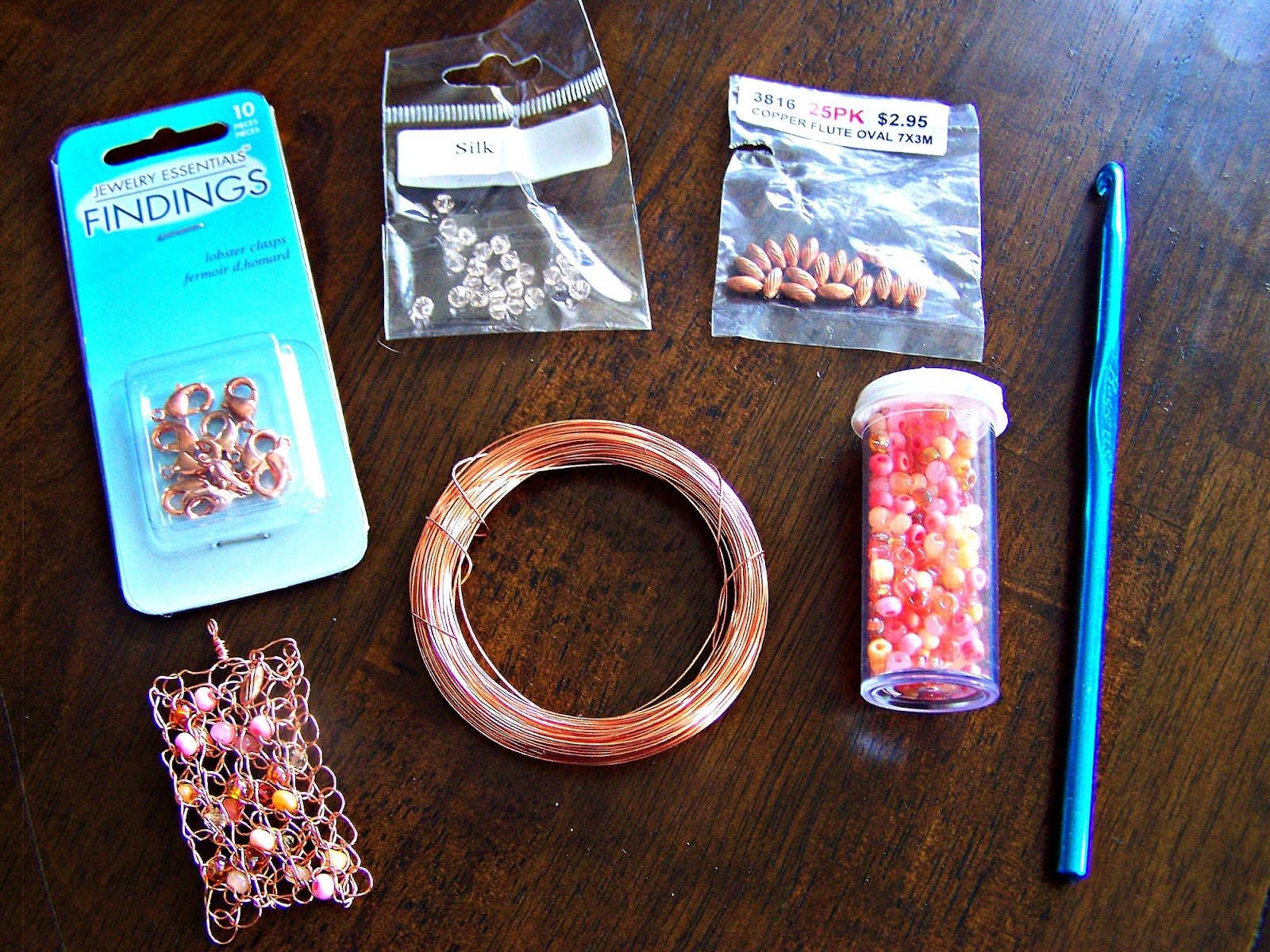 Mariah\'s Creations: Crocheted Copper Necklace {tutorial}