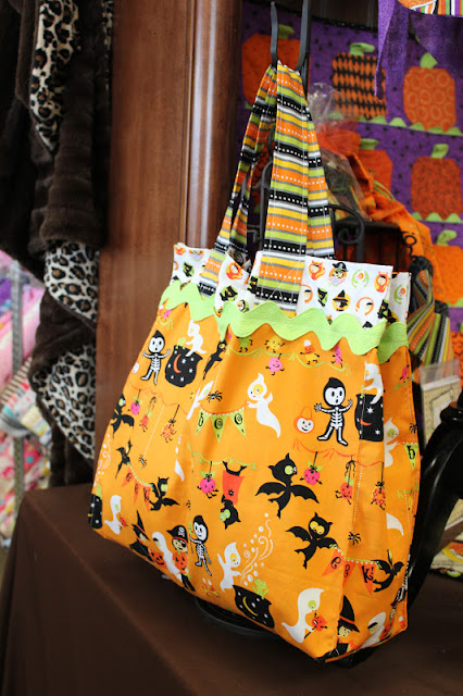 Fabric Mill:  Trick or Treat Bag Tutorial