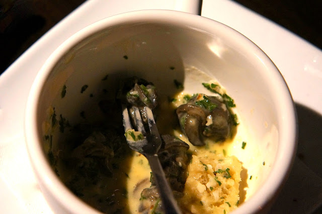 Cafe' du Soleil,1st Friday of The Month, Knoxville Tennessee,L'escargot aux Beurre d'Ail,Rabbit a La Moutarde,Floating Island.