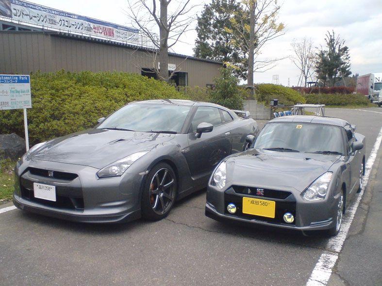 Nats GT-K, Nissan GT-R, Suzuki Cappuccino, conversion, konwersja, swap, zamiana, tuning, modyfikacje, praca studentów, Japonia, targi, prezentacja, modified, porównanie