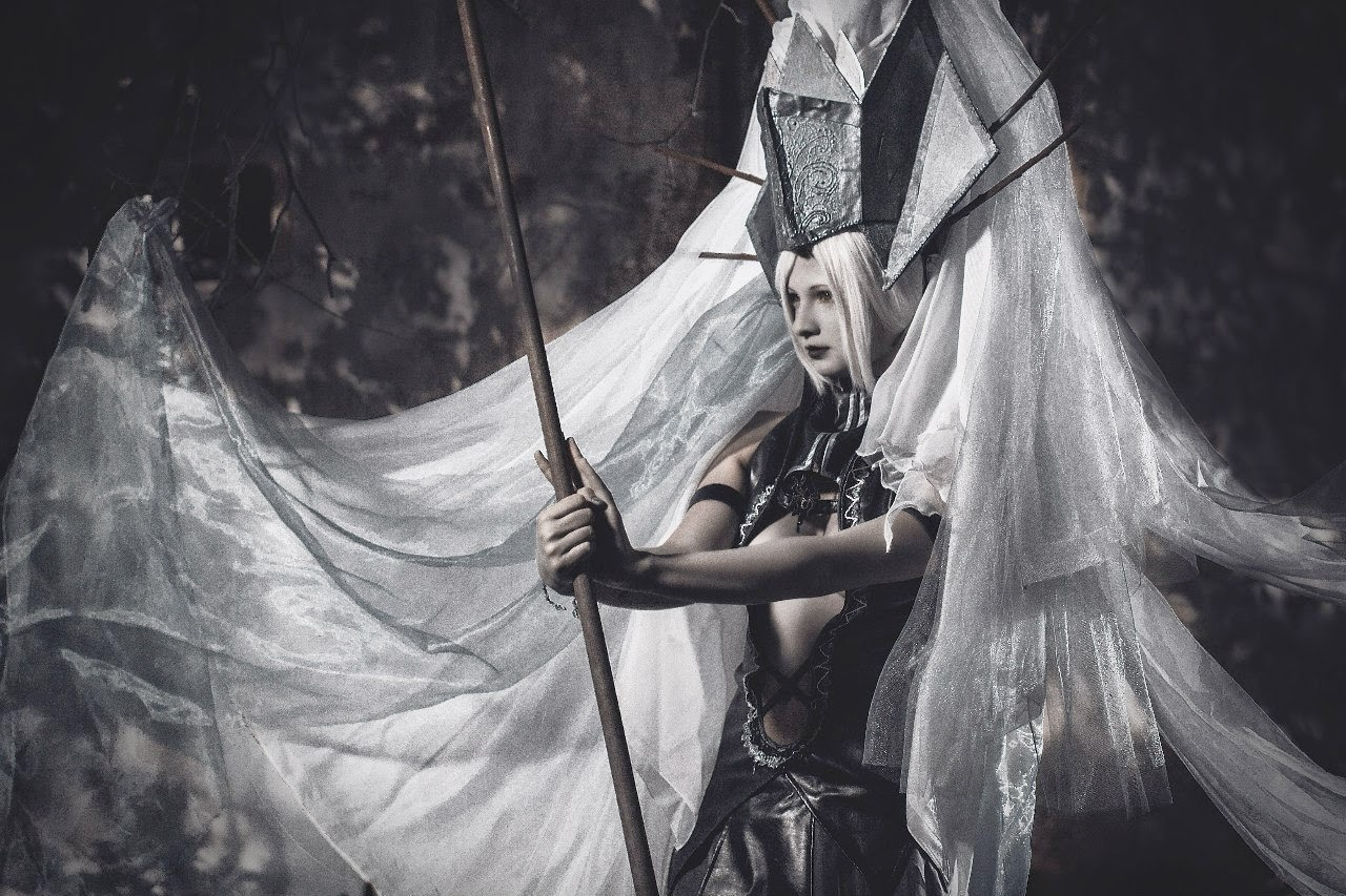 cosplay de gardienne inspirée du jeu linéage