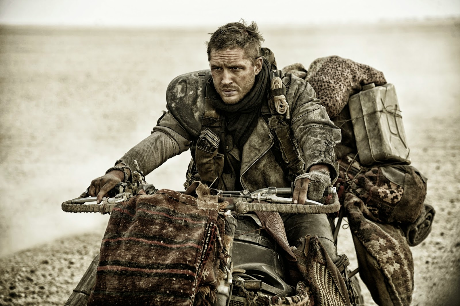 mad max fury road film tom hardy 2015