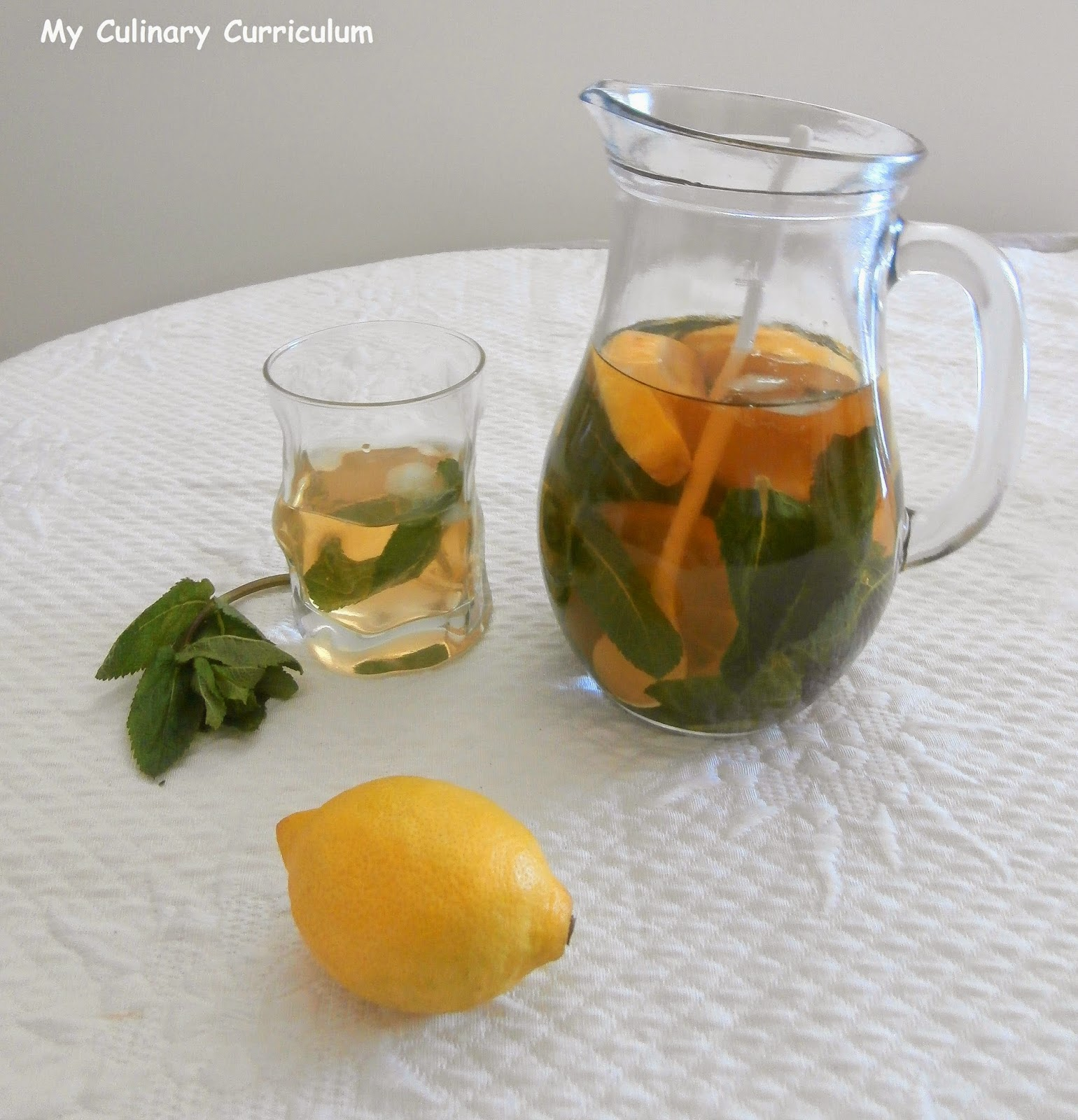 my culinary curriculum th glac menthe citron lemon mint iced tea. Black Bedroom Furniture Sets. Home Design Ideas