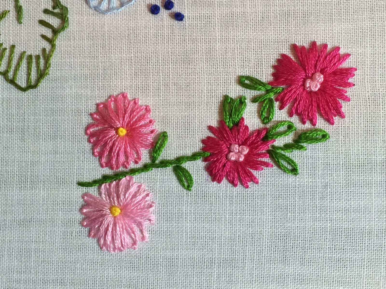 Mooshiestitch lazy daisy stitch flowers