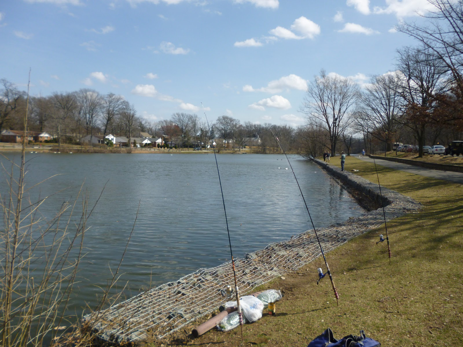 Extreme philly fishing back at the audubon haddon lake in nj for Fishing lakes in nj