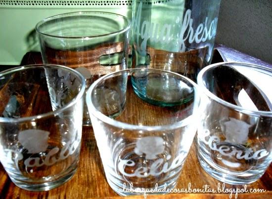 Vasos de cristal grabados