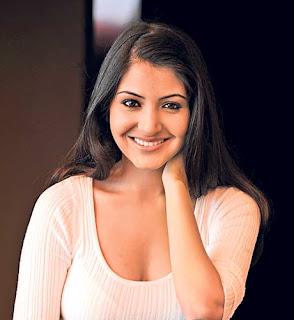 Anushka sharma 34 b boobs show
