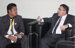 Ayi Muzayini berdiskusi dengan Dubes Iraq Mr. Ismiel Shafeeq Muhsin