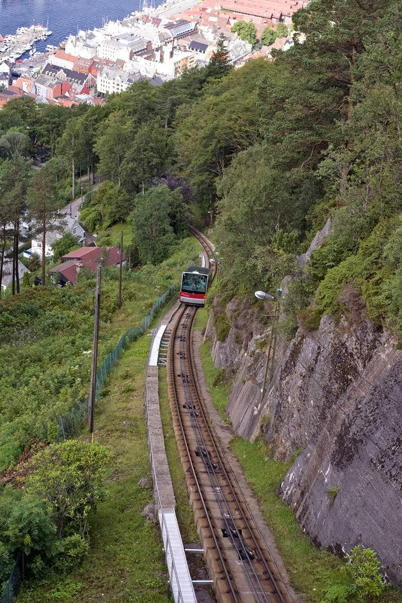 Fløibanen in Bergen - one of the most famous tourist attractions in Norway. Funicular is located in the heart of Bergen, 150 meters from the fish market Fisketorget and Bryggen. Fløibanen Funicular quickly takes you from the city center to the top of Mount Floyen, at 320 meters above sea level.
