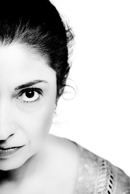 Presentación libro Diana Frías. Blog Esteban Capdevila