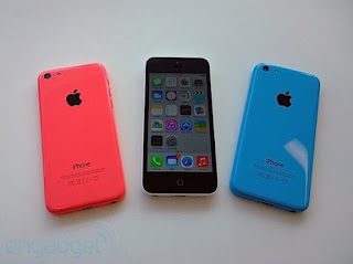 An Out Of The Box Apple IPhone 3GS 32GB Contract Deal On Christmas by Mark Bush