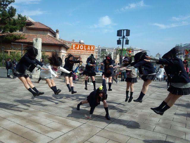 Hadokening Photo Effects Anak Muda Jepang