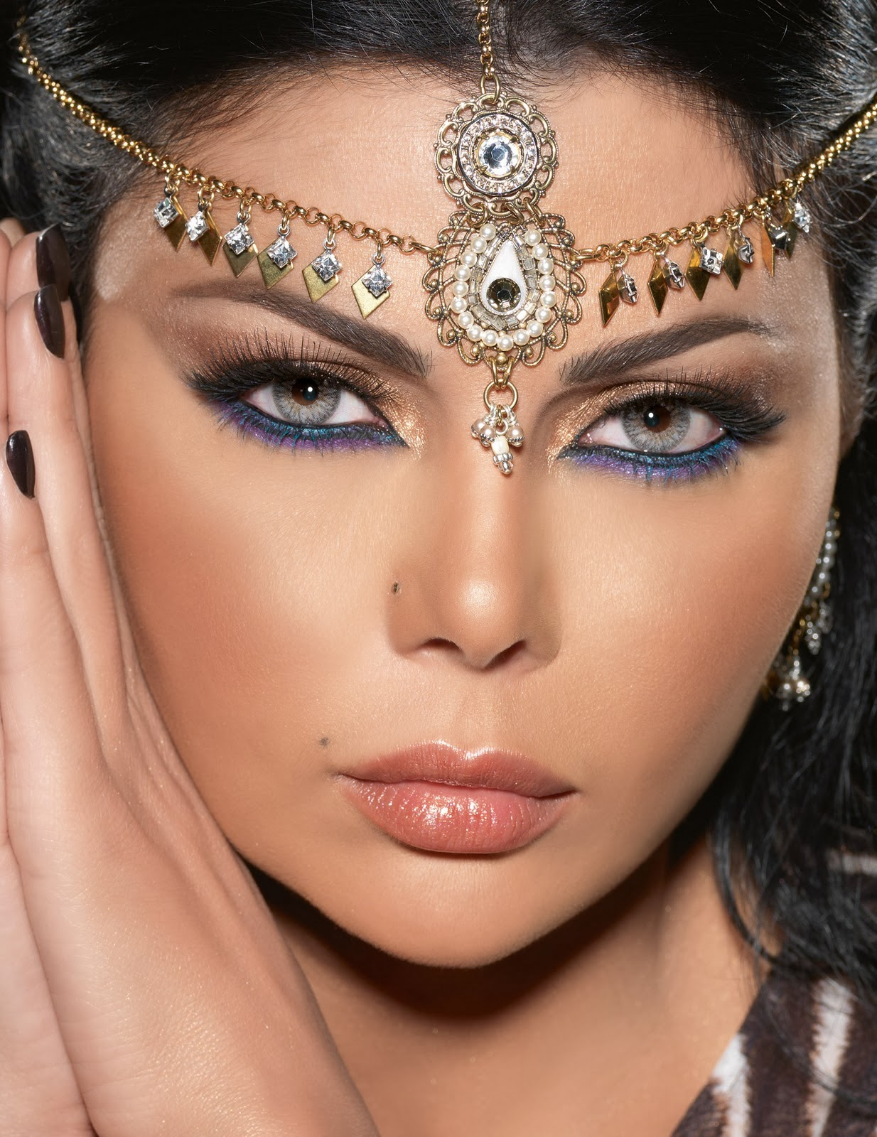 Now I will show you how I do Middle East Women Eyes