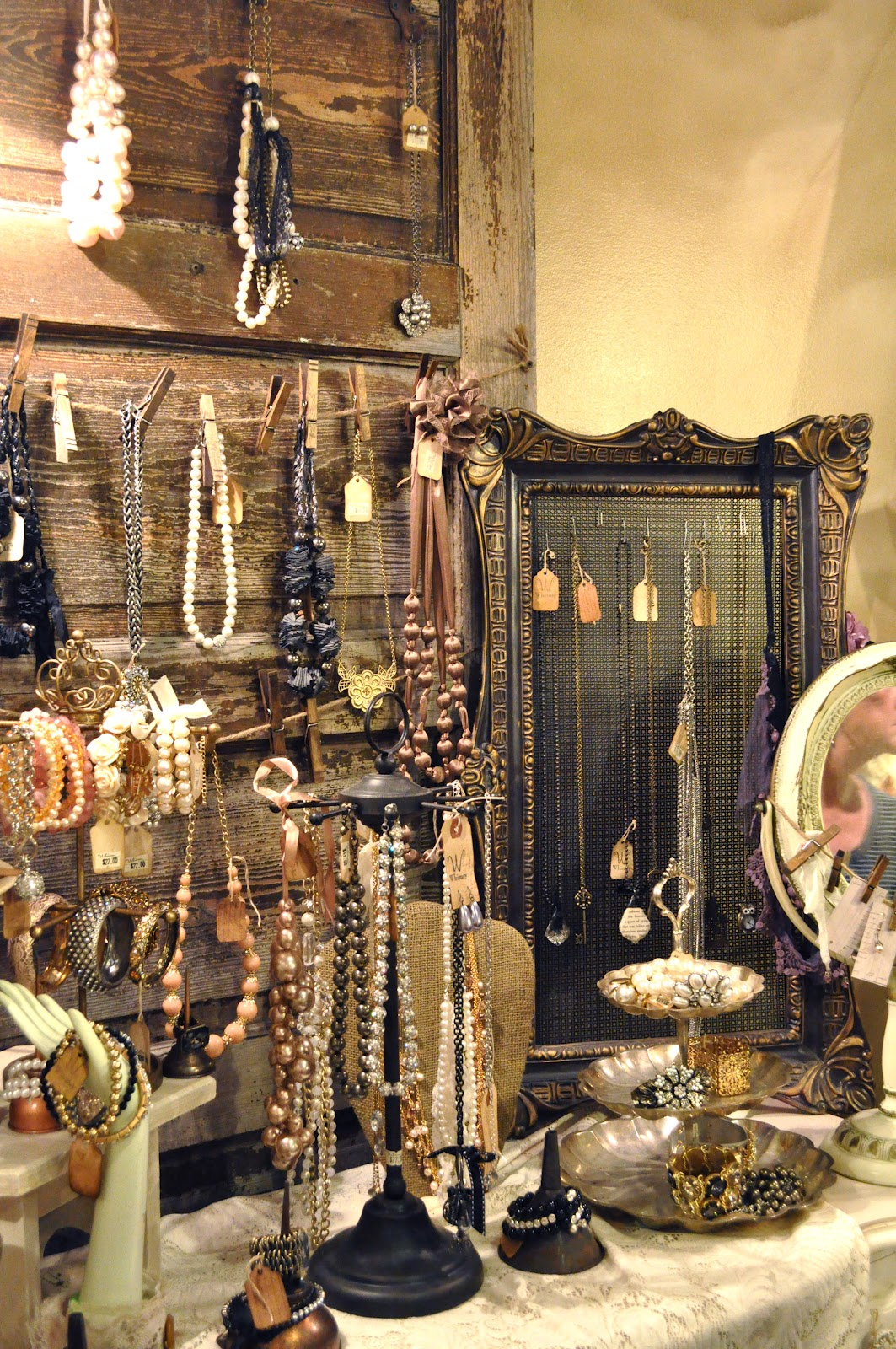 Vendor event ideas on pinterest jewelry displays for Jewelry displays