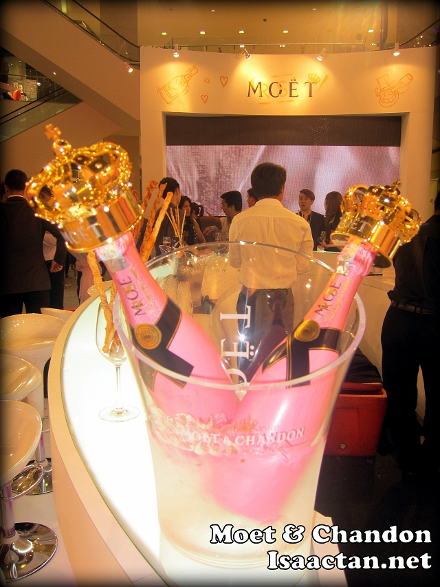 Chandon Rose Imperial Party