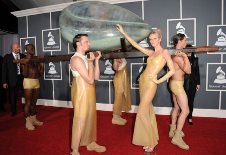 lady gaga egg grammys pictures. Egg? Oh, it#39;s just Lady Gaga