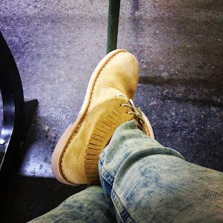 Zapatos nuevos / Meryland