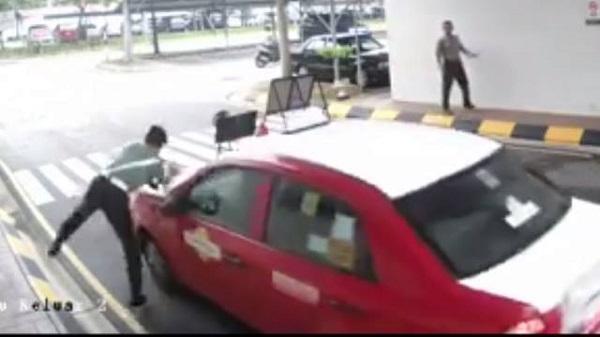 Pemandu Teksi Sakit Jiwa Rempuh Pengawal di Pintu Pagar Hospital