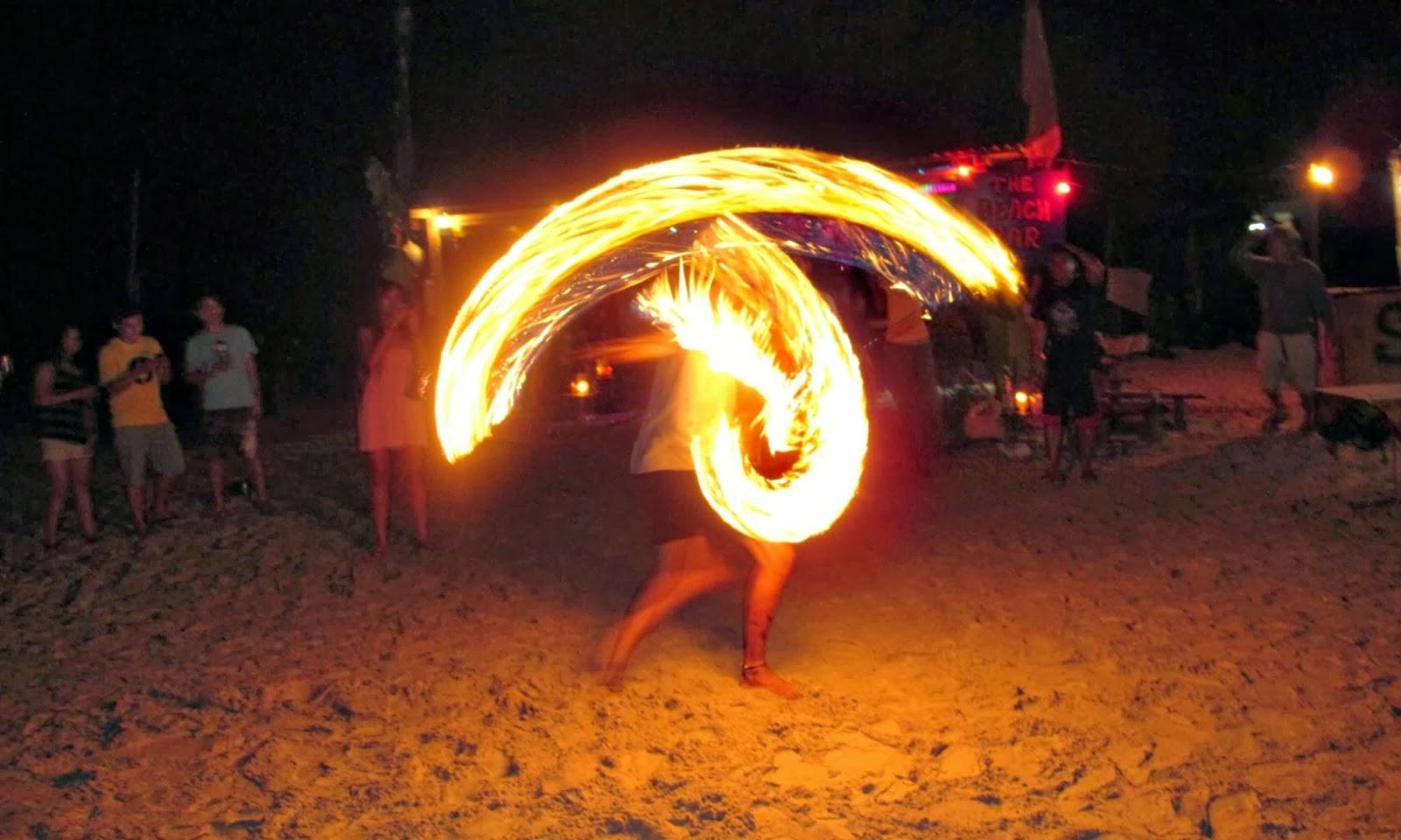 pulau perhentian kecil beach fire dance and show
