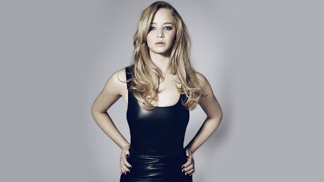 Jennifer Lawrence vestido negro