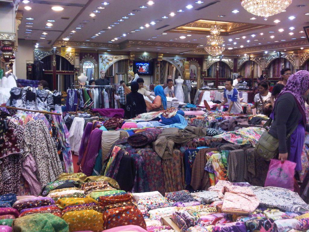 Travelog bercuti di bandung shopping di pasar baru Baju gamis pasar baru bandung