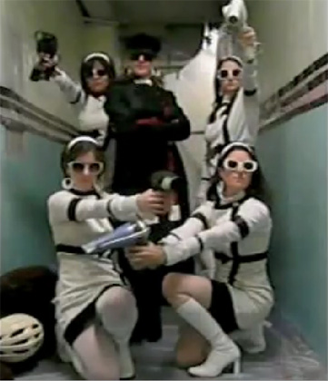 Star Wars Uncut - Darth Vader and her 4 storm troopers strut their stuff