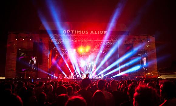 Optimus Alive 12