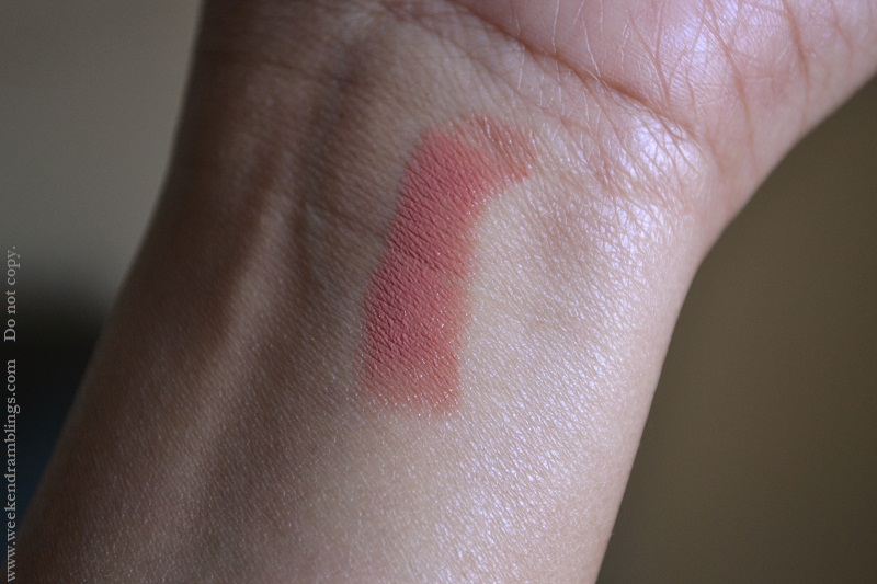 maybelline color sensational lipsticks reviews swatch fotd my mahogany 255