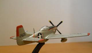 scale model Italeri 1:100 P-51 Mustang