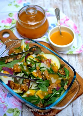 pear and rucola salad with walnuts and mango chutney dressing | a keeper recipe of mango chutney