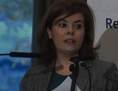 Santamaría llama populista a Sánchez por querer reformar el artículo 135