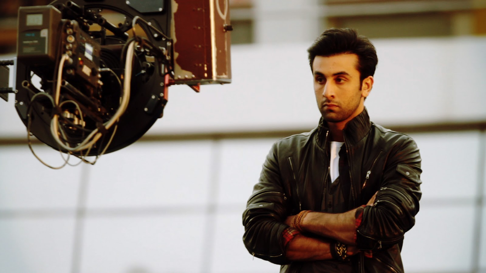 http://2.bp.blogspot.com/-CI994ATGVbw/TzvXwosbuQI/AAAAAAAAGuY/_8k60spFXMg/s1600/ranbir+kapoor+nissan+movie+star+of+india+ranbeer+new+movie.jpg
