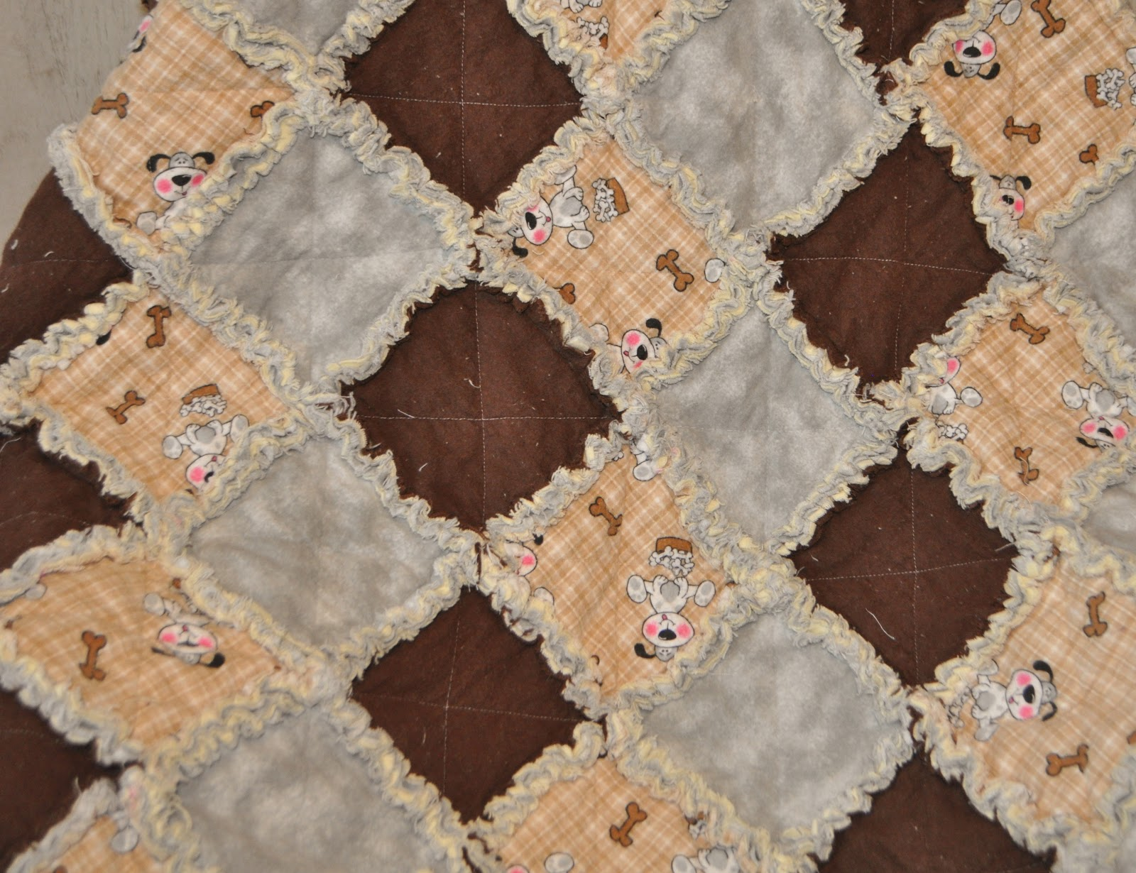 Richard and Tanya Quilts: Puppy Dog Rag Quilt