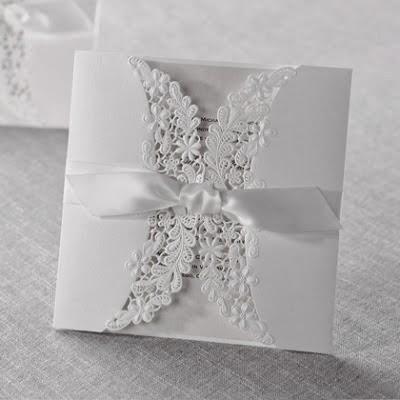 Desain contoh undangan pernikahan unik modern terbaru