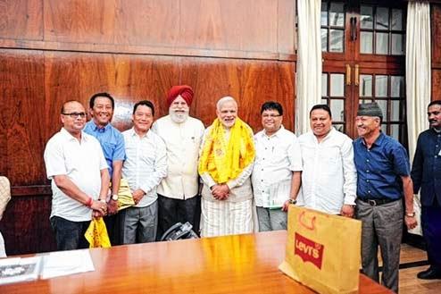 Bimal Gurung team meets Modi, submits Gorkhaland memorandum