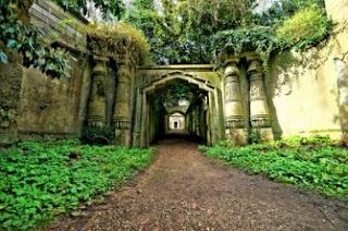 Sembilan Kuburan Paling Indah Di Dunia [ www.BlogApaAja.com ]