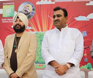Singer Daler Mehendi comes forward for Greening of Delhi