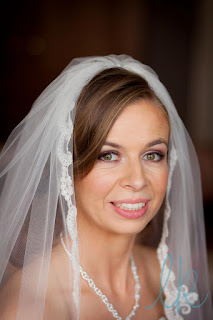 Bride with full veil, wedding hairdressers